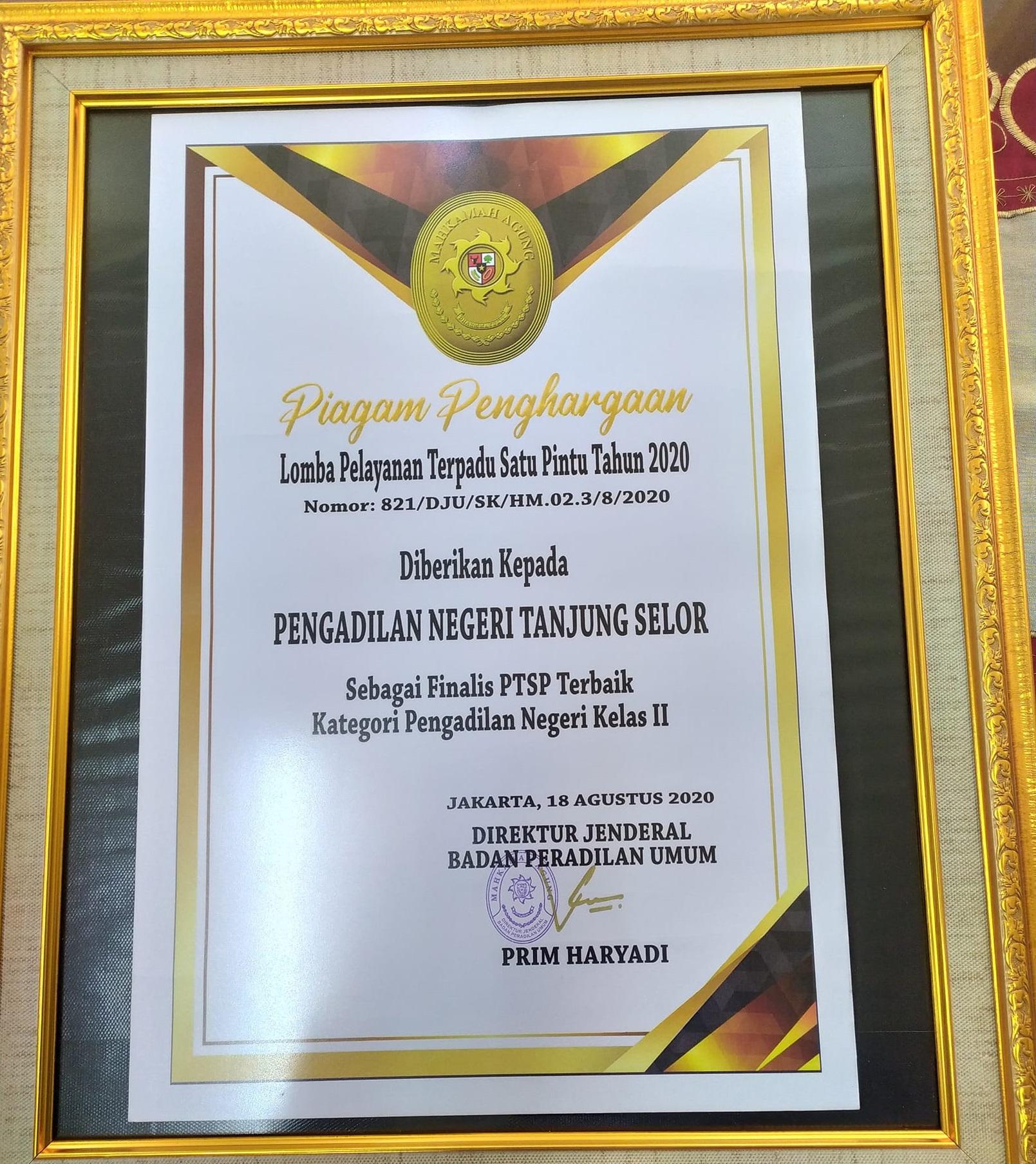 Pengadilan Negeri Tanjung Selor Meraih Piagam Penghargaan sebagai Finalis PTSP Terbaik Kategori Pengadilan Negeri Kelas II